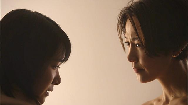 佐倉莉子(小倉紗良)と 梶山薫(木村佳乃)