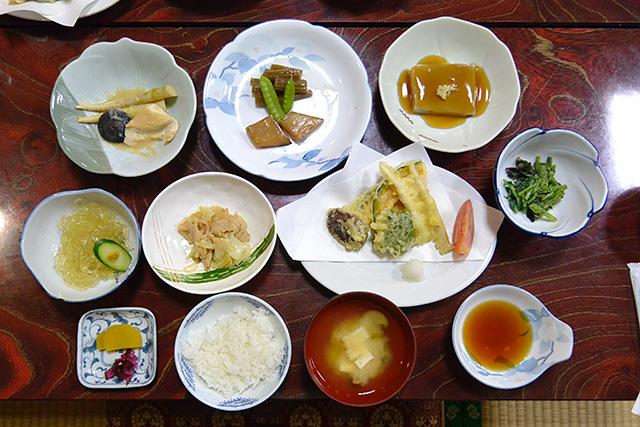 宮田坊の精進料理の朝食