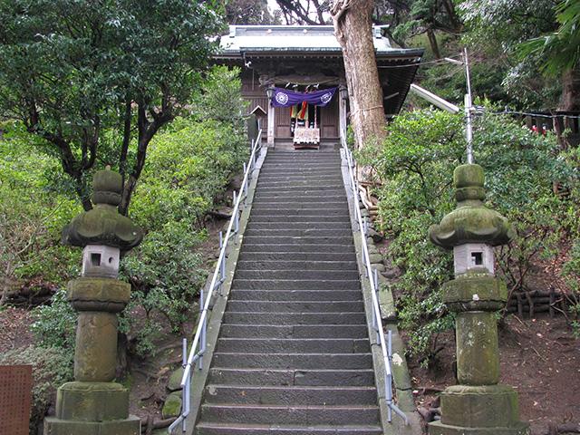走水神社・40段の階段